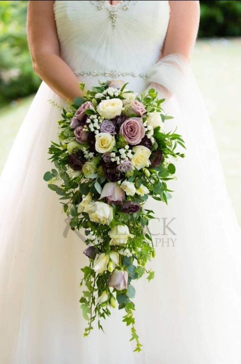 bridal-handshower-wedding-flowers-rugeley-florist-staffordshire-002