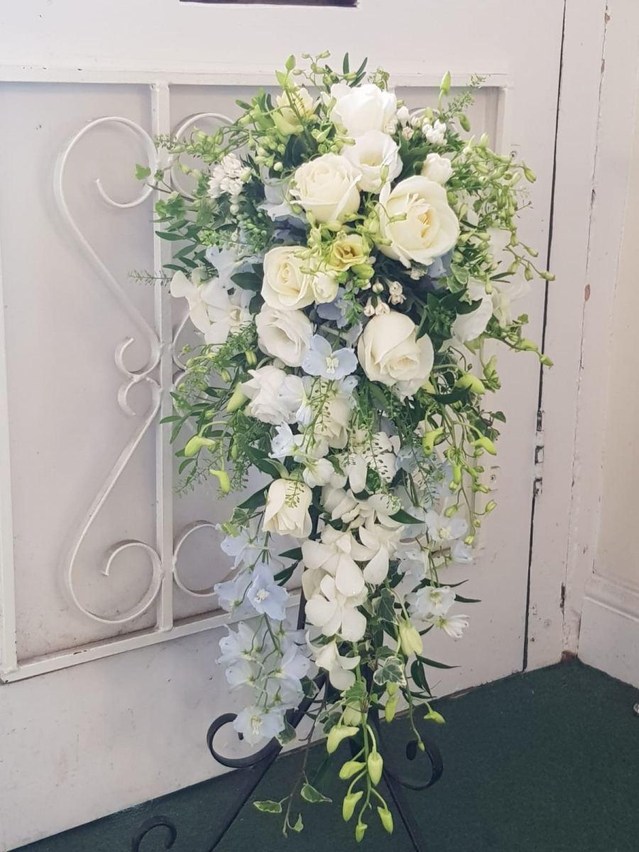 bridal-handshower-wedding-flowers-rugeley-florist-staffordshire-011
