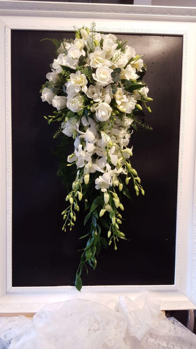 bridal-handshower-wedding-flowers-rugeley-florist-staffordshire-016