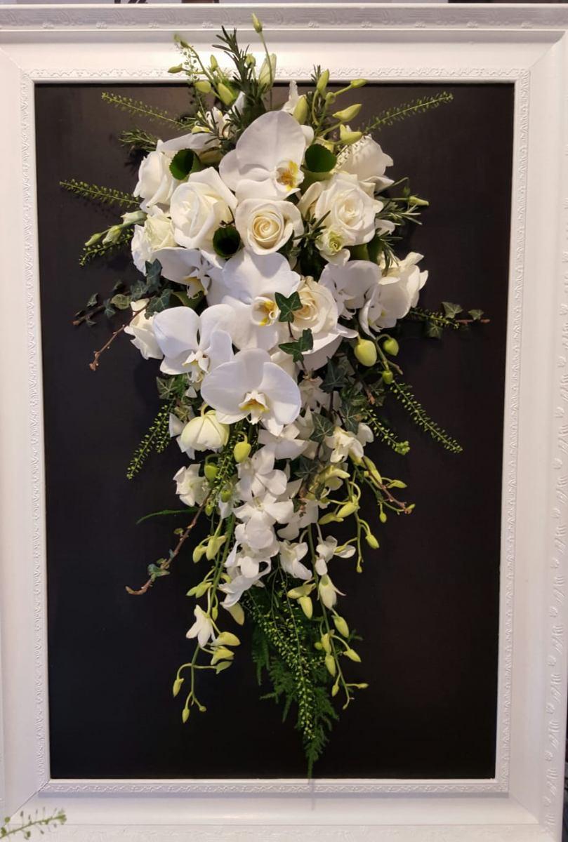 bridal-handshower-wedding-flowers-rugeley-florist-staffordshire-018