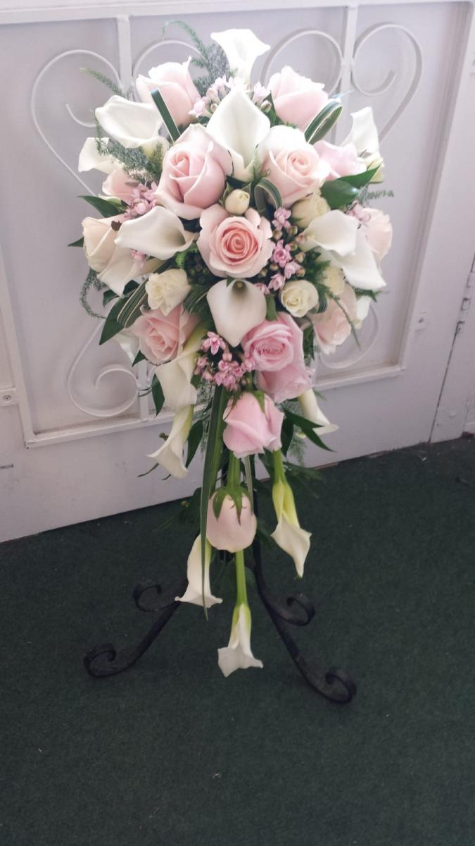 bridal-handshower-wedding-flowers-rugeley-florist-staffordshire-021