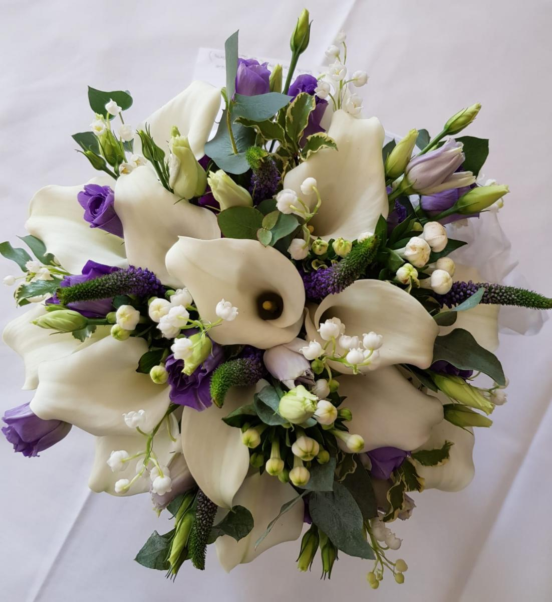 bridal-handtied-wedding-flowers-rugeley-florist-staffordshire-012