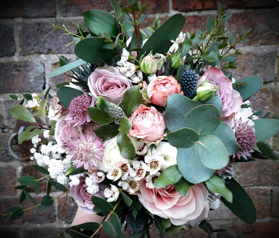 bridal-handtied-wedding-flowers-rugeley-florist-staffordshire-017