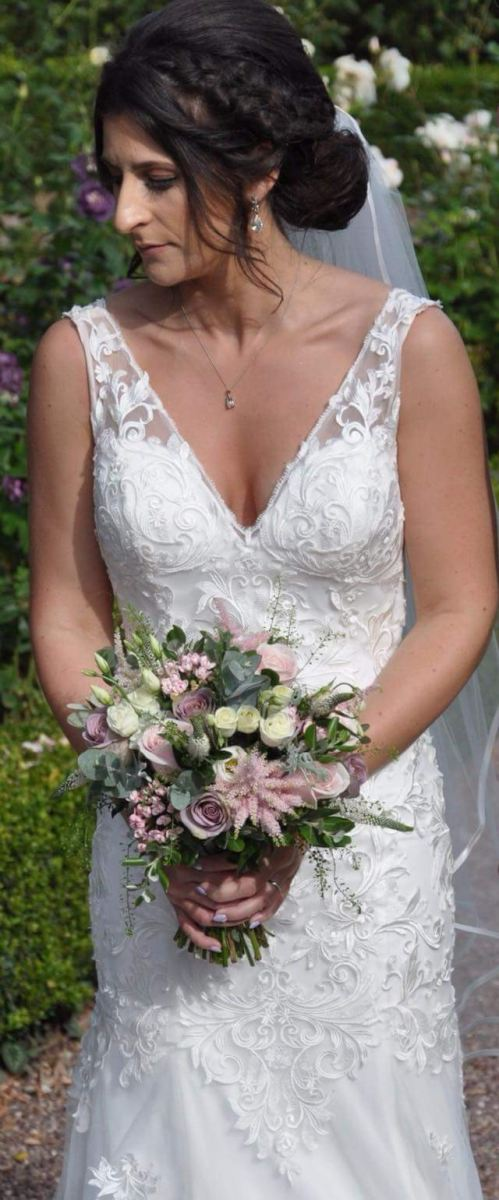 bridal-handtied-wedding-flowers-rugeley-florist-staffordshire-028