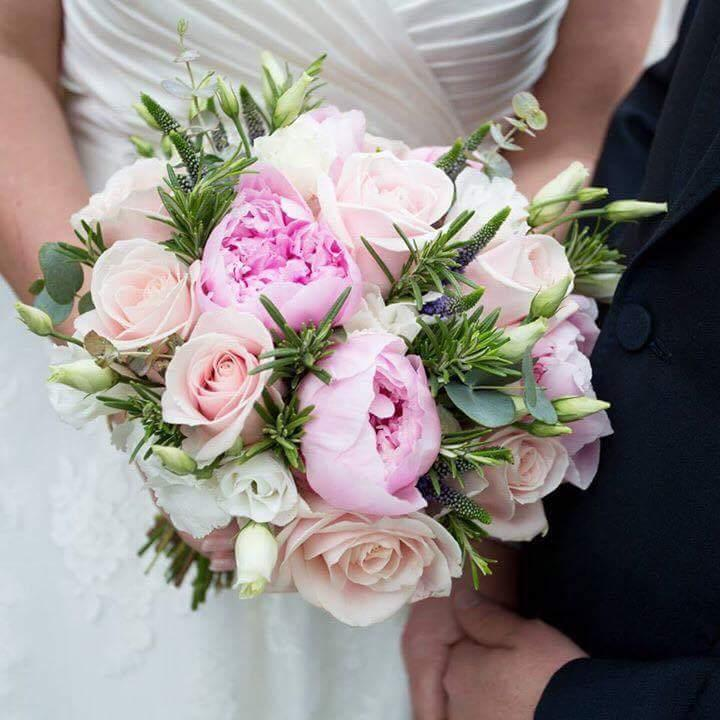 bridal-handtied-wedding-flowers-rugeley-florist-staffordshire-038