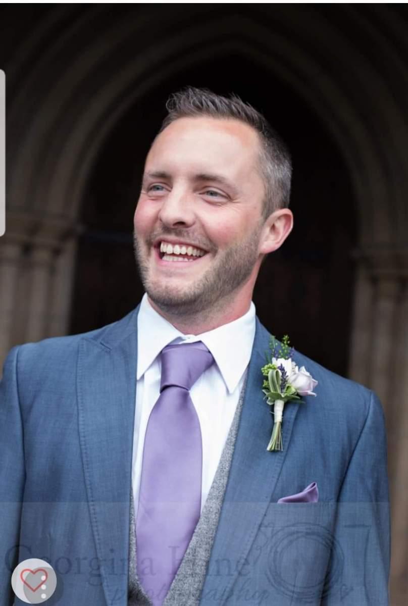 buttonholdes-wedding-flowers-rugeley-florist-staffordshire-031
