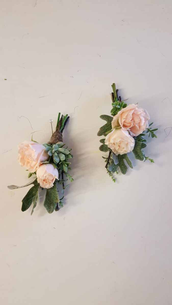 buttonholdes-wedding-flowers-rugeley-florist-staffordshire-045