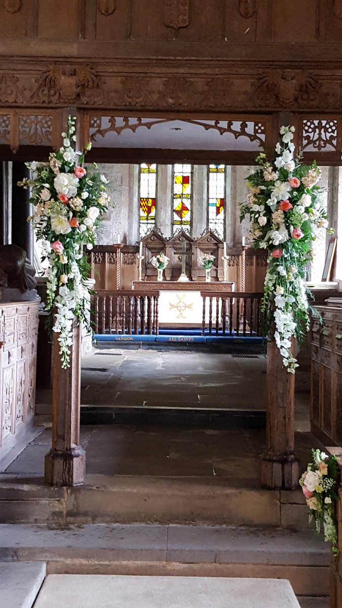 church-wedding-flowers-rugeley-florist-staffordshire-020