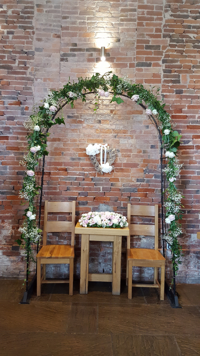 church-wedding-flowers-rugeley-florist-staffordshire-027