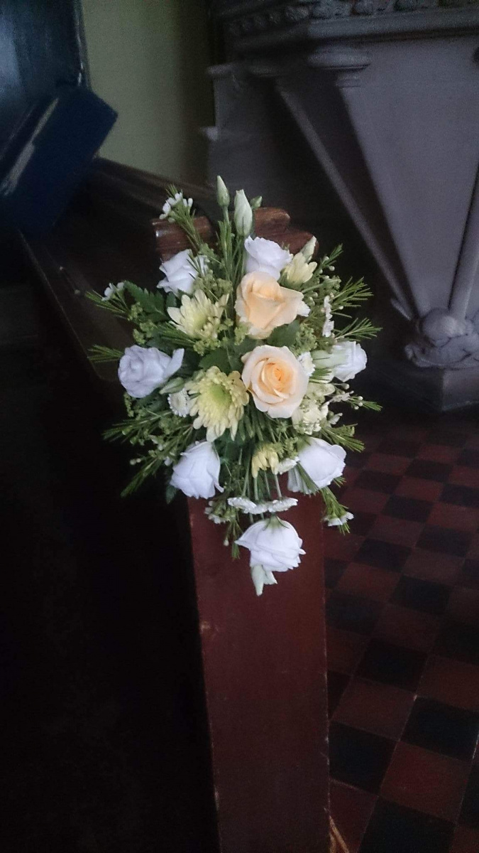 church-wedding-flowers-rugeley-florist-staffordshire-060