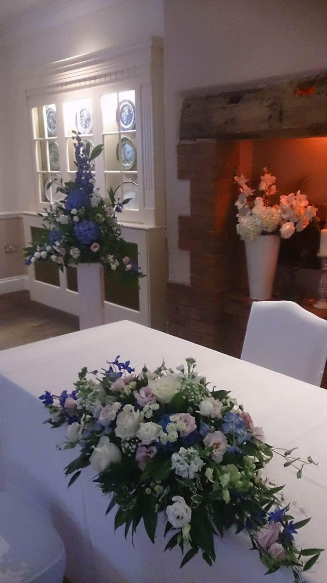 civil-ceremony-wedding-flowers-rugeley-florist-staffordshire-021