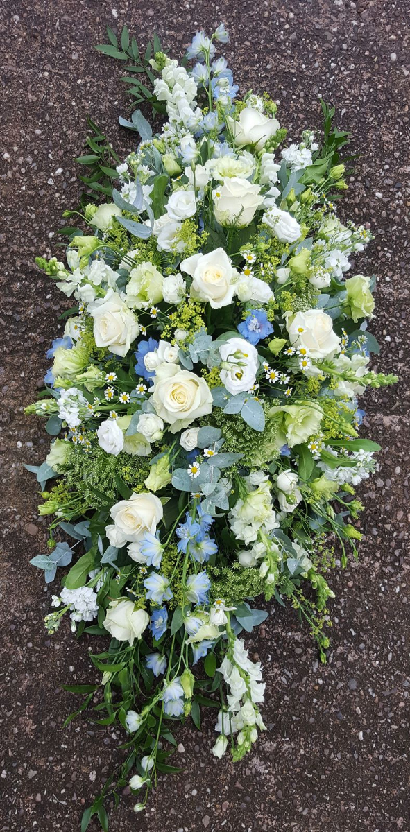 funeral-flowers-rugeley-florist-staffordshire-021