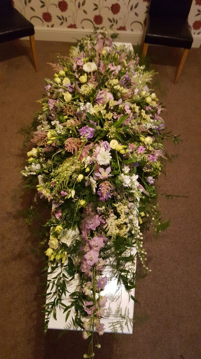 funeral-flowers-rugeley-florist-staffordshire-023