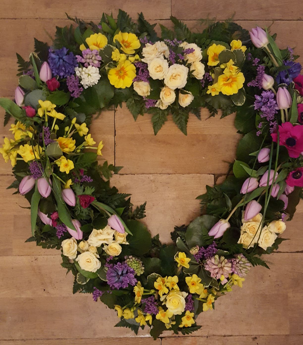 funeral-flowers-rugeley-florist-staffordshire-040