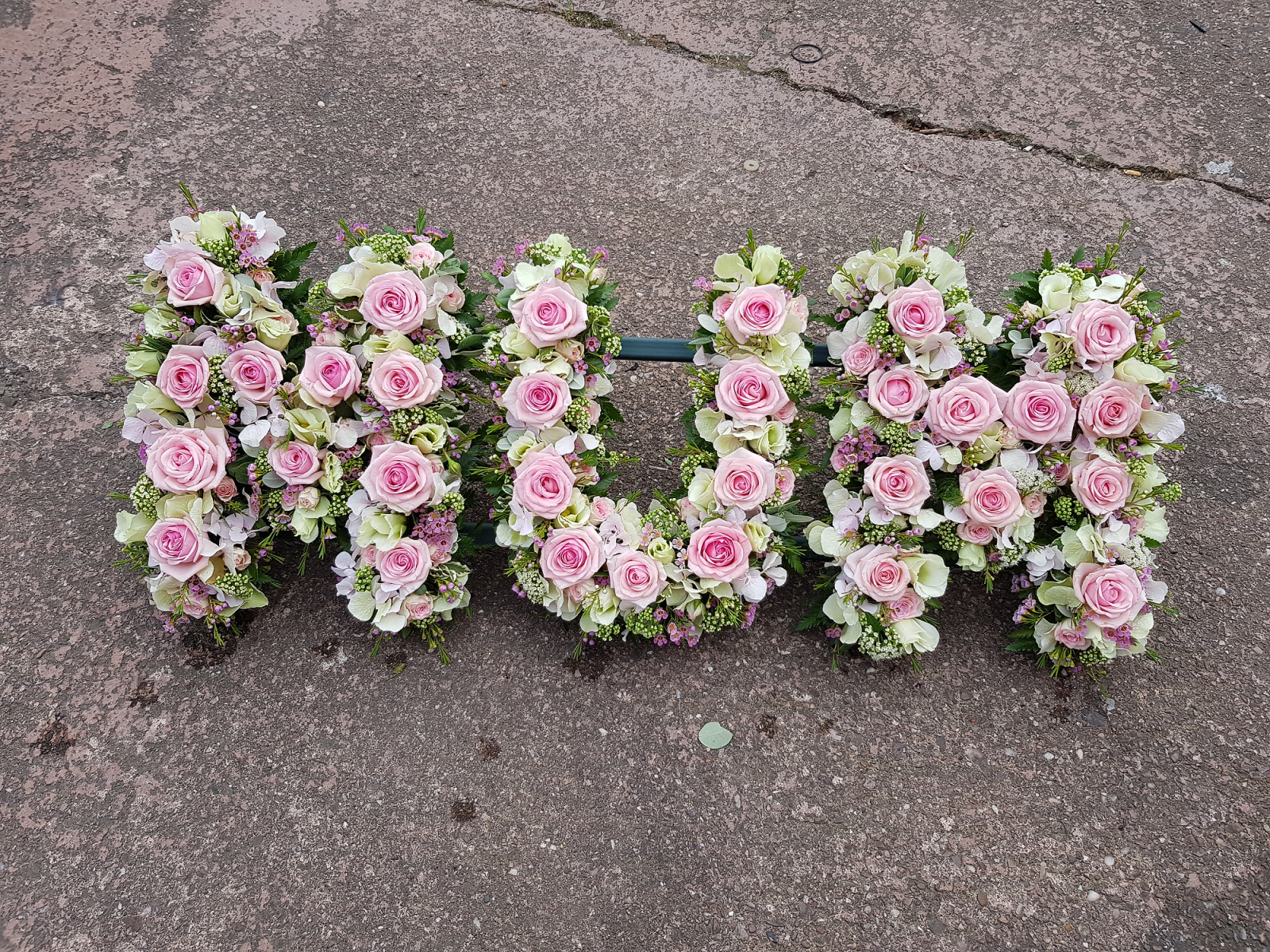 funeral-flowers-rugeley-florist-staffordshire-057