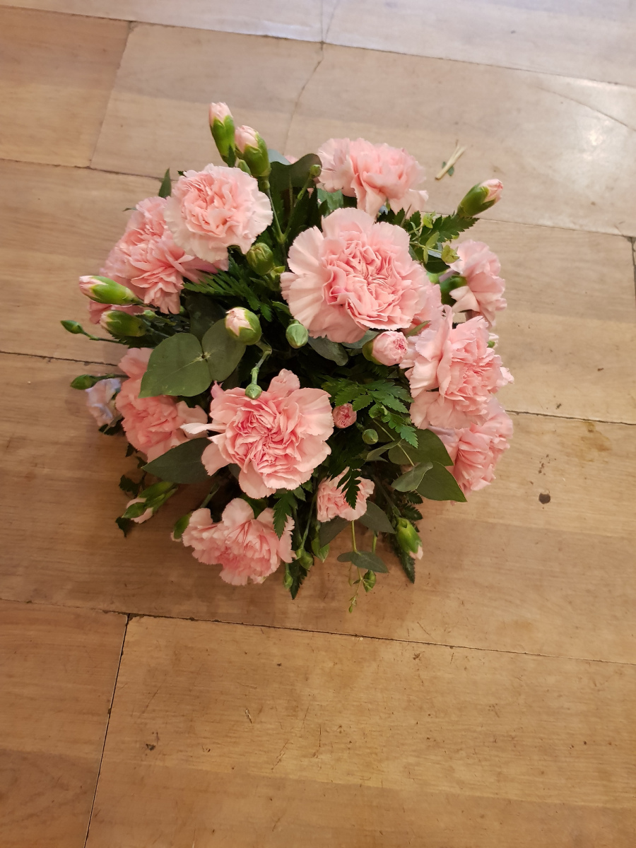 funeral-flowers-rugeley-florist-staffordshire-063