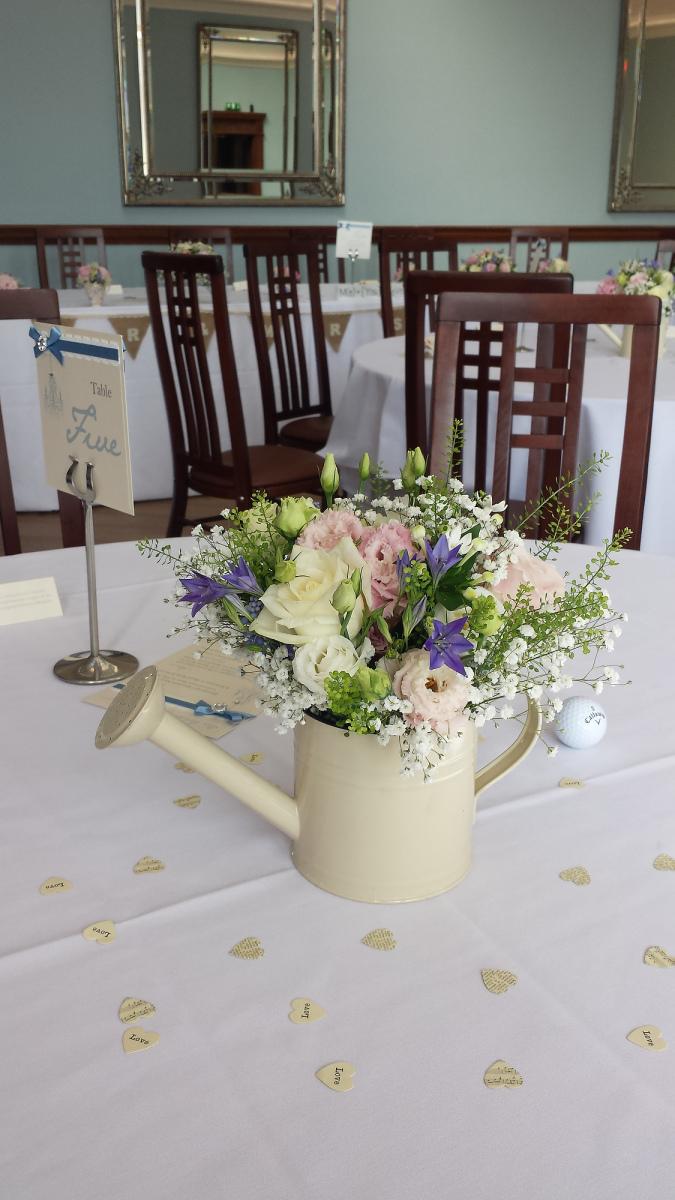 pendrell-hall-wedding-flowers-rugeley-florist-staffordshire-025