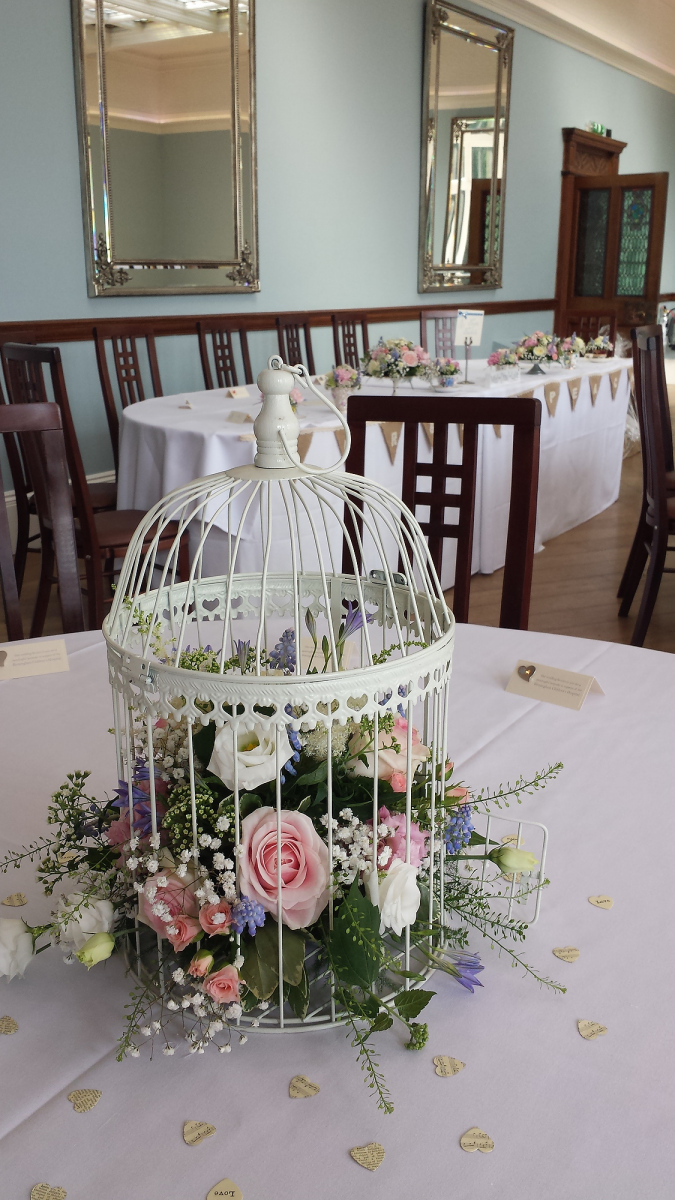 pendrell-hall-wedding-flowers-rugeley-florist-staffordshire-026