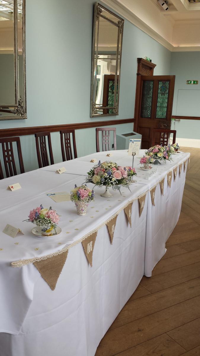 pendrell-hall-wedding-flowers-rugeley-florist-staffordshire-027