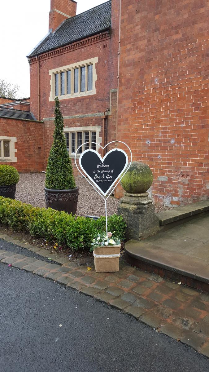 pendrell-hall-wedding-flowers-rugeley-florist-staffordshire-028