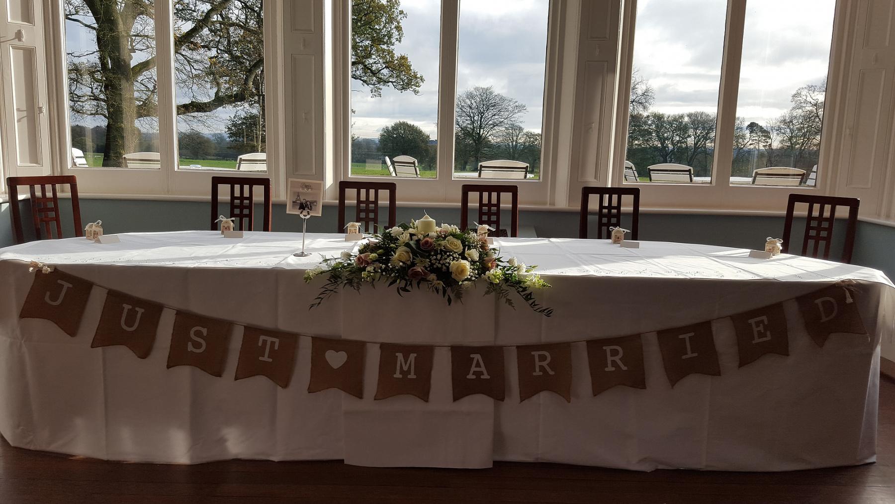 pendrell-hall-wedding-flowers-rugeley-florist-staffordshire-029