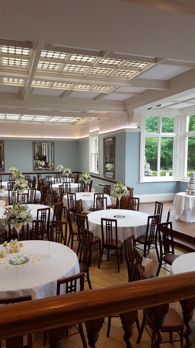 pendrell-hall-wedding-flowers-rugeley-florist-staffordshire-049