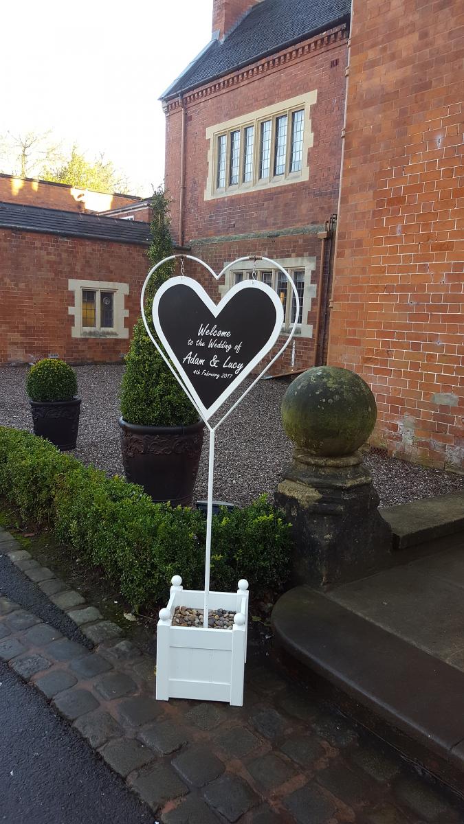 pendrell-hall-wedding-flowers-rugeley-florist-staffordshire-057