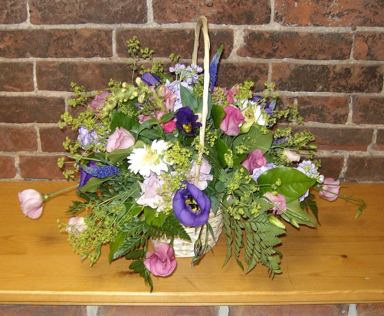 Beautiful flower basket arrangements - Rugeley Florist Fine Flowers