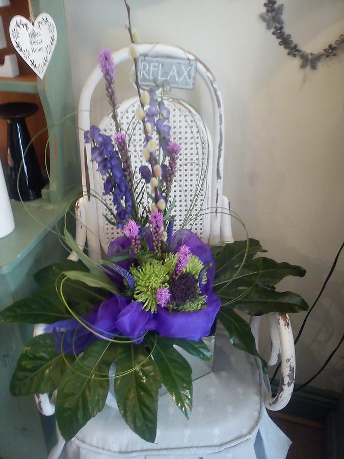Beautiful posy flower arrangements - Rugeley Florist Fine Flowers
