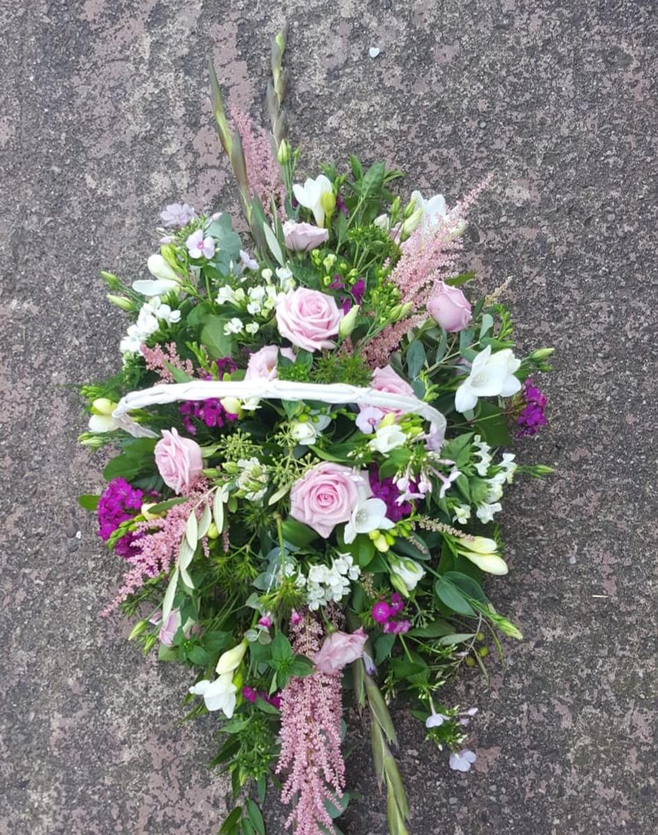jugs-baskets-floral-arrangements-rugeley-florist-013