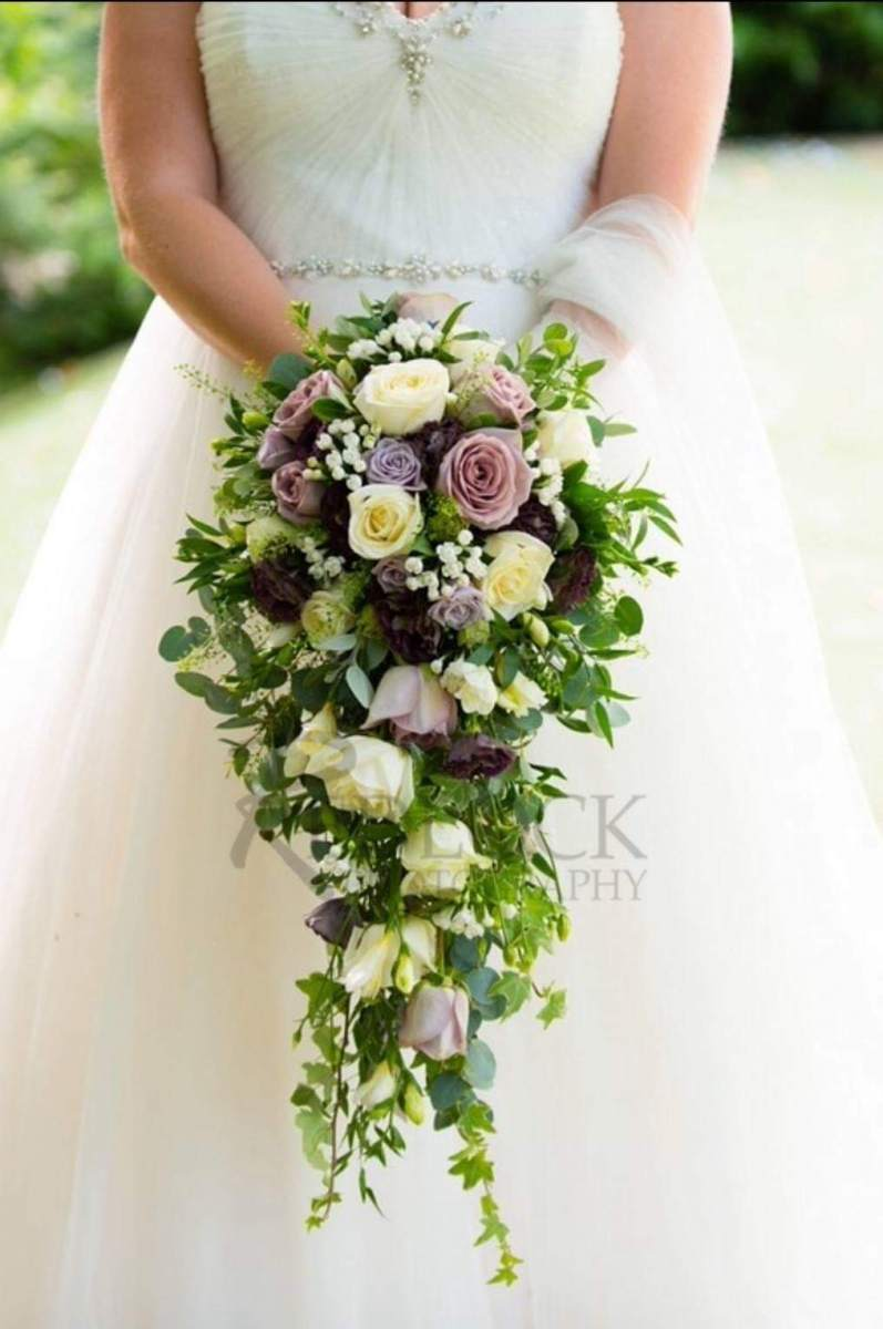 bridal-handshower-wedding-flowers-rugeley-florist-staffordshire-002