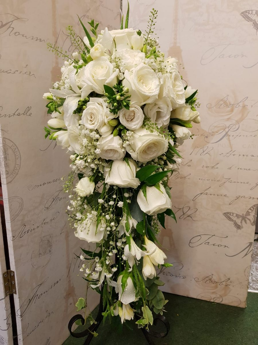 bridal-handshower-wedding-flowers-rugeley-florist-staffordshire-010