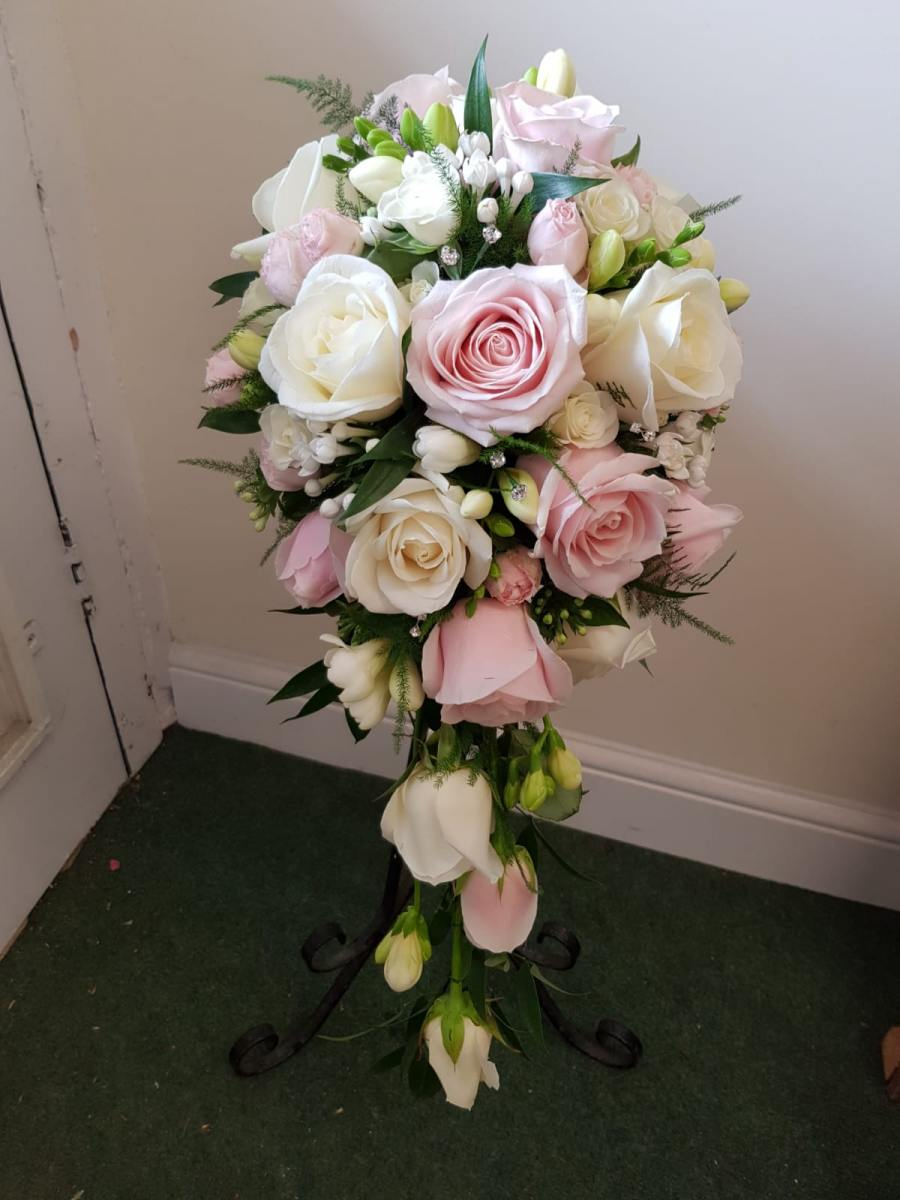 bridal-handshower-wedding-flowers-rugeley-florist-staffordshire-012