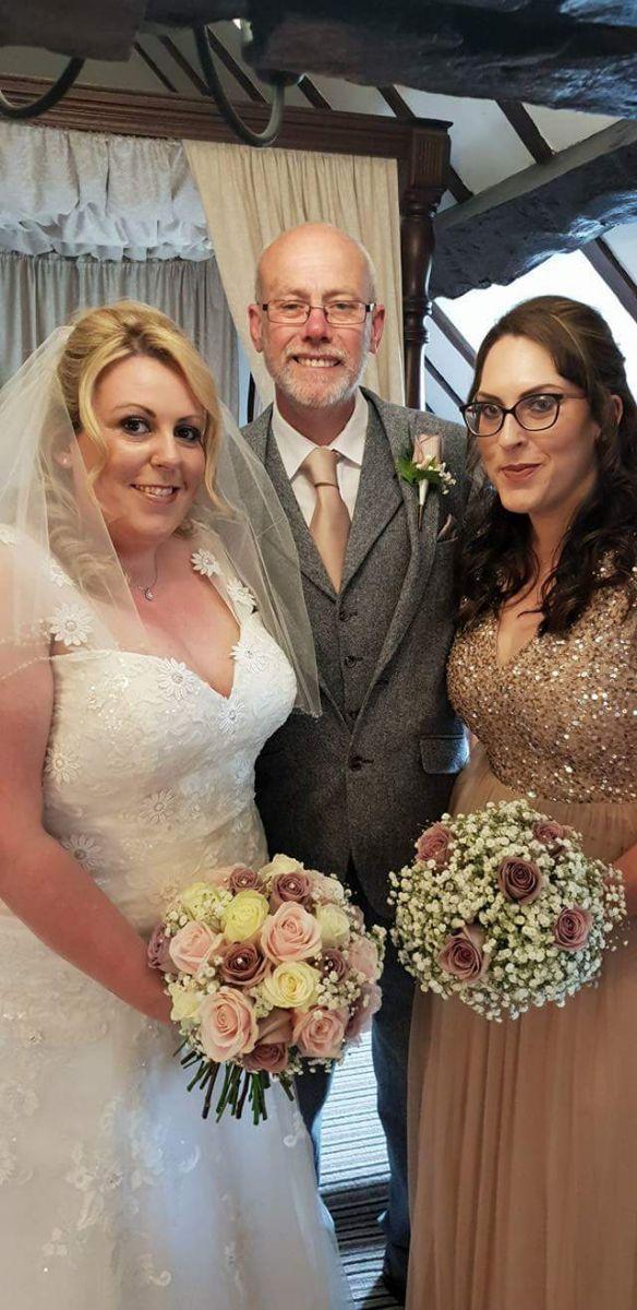 bridal-handtied-wedding-flowers-rugeley-florist-staffordshire-013