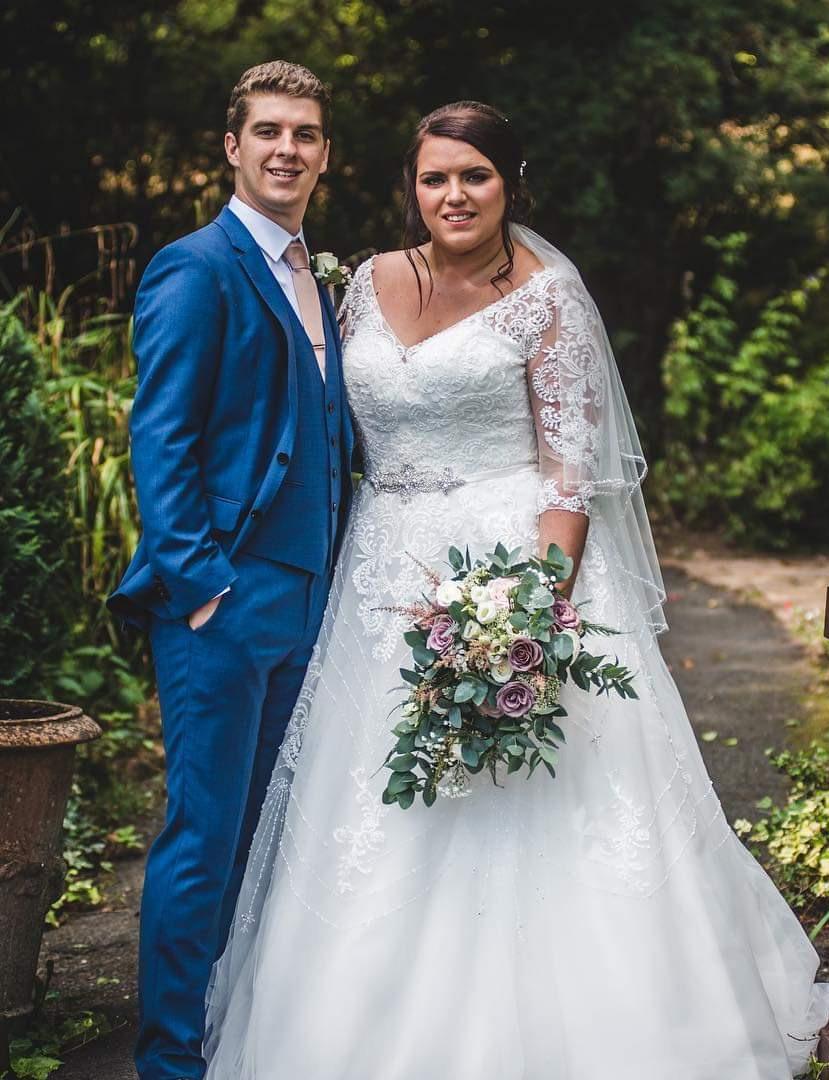 bridal-handtied-wedding-flowers-rugeley-florist-staffordshire-026