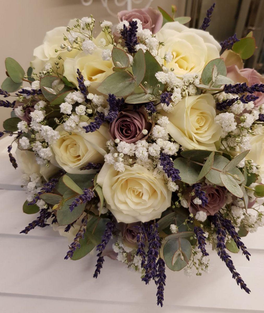 bridal-handtied-wedding-flowers-rugeley-florist-staffordshire-030