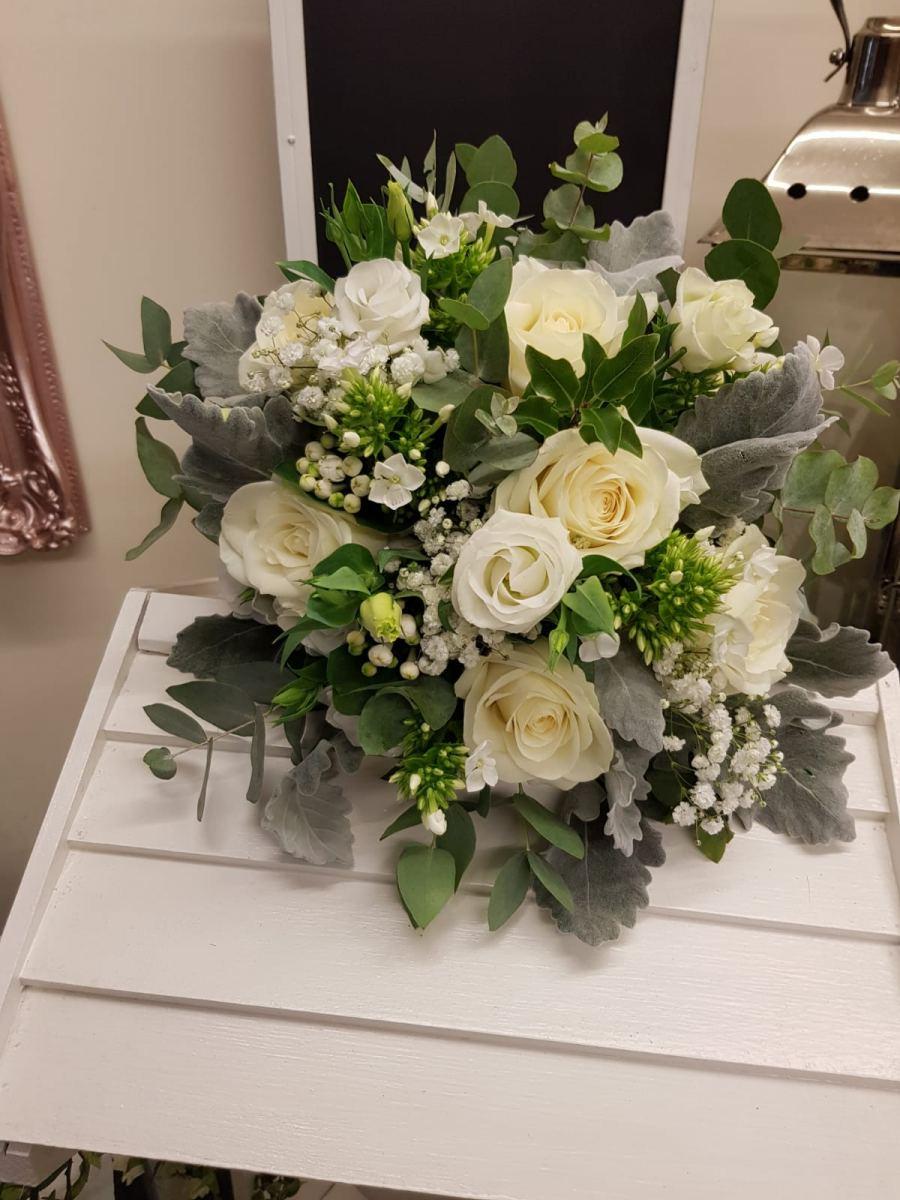 bridal-handtied-wedding-flowers-rugeley-florist-staffordshire-043