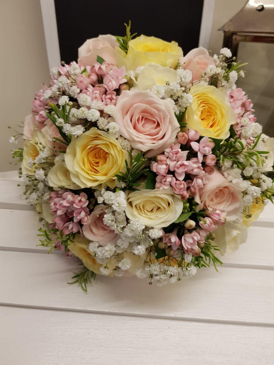 bridal-handtied-wedding-flowers-rugeley-florist-staffordshire-051