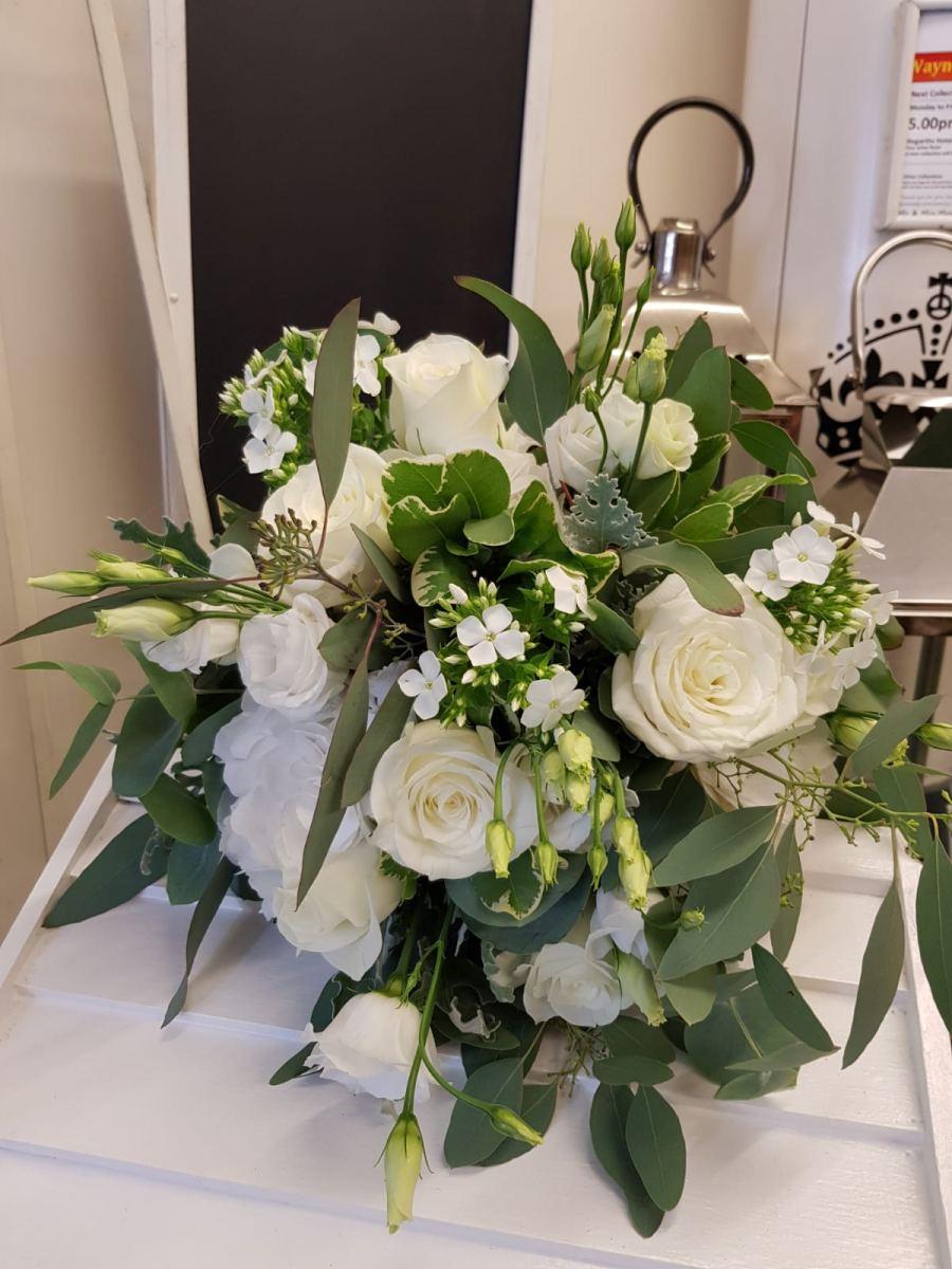 bridal-handtied-wedding-flowers-rugeley-florist-staffordshire-052