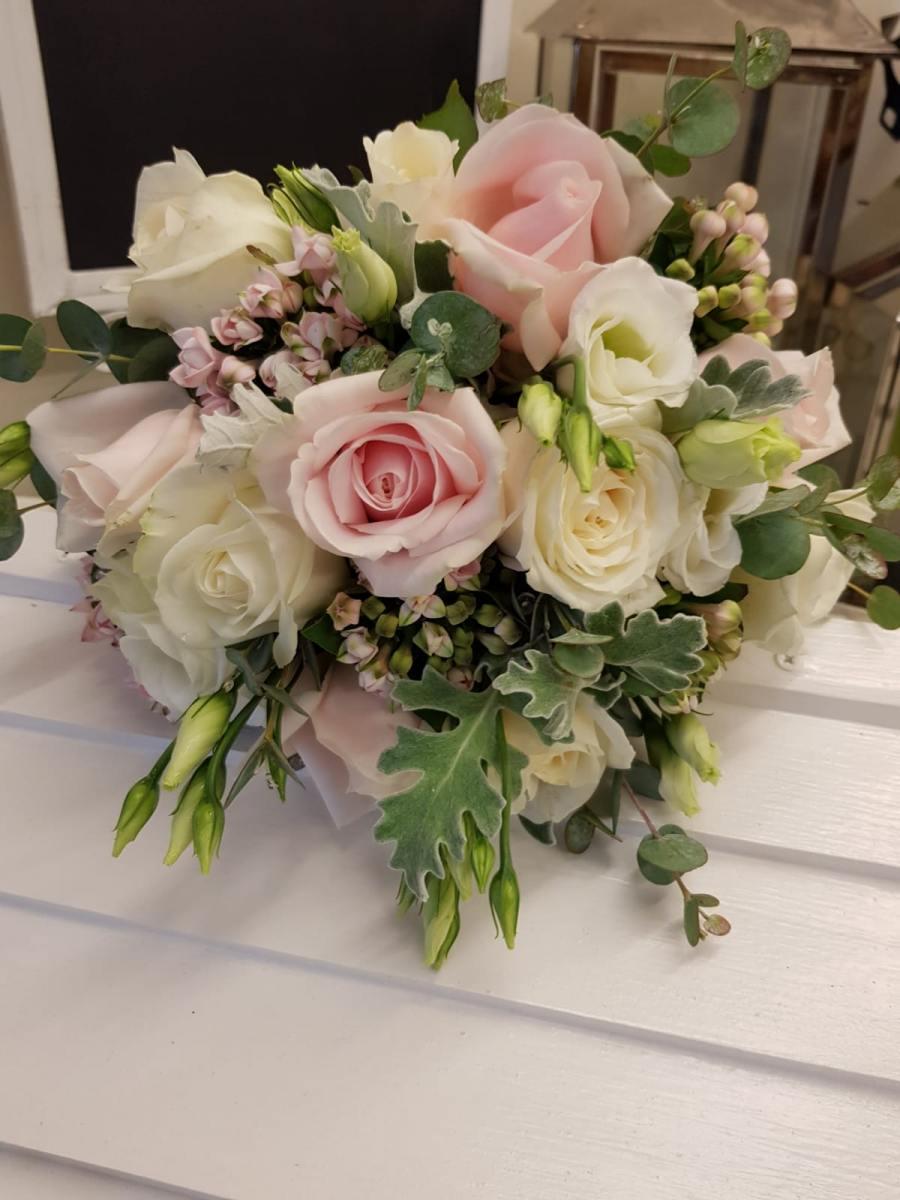 bridal-handtied-wedding-flowers-rugeley-florist-staffordshire-053