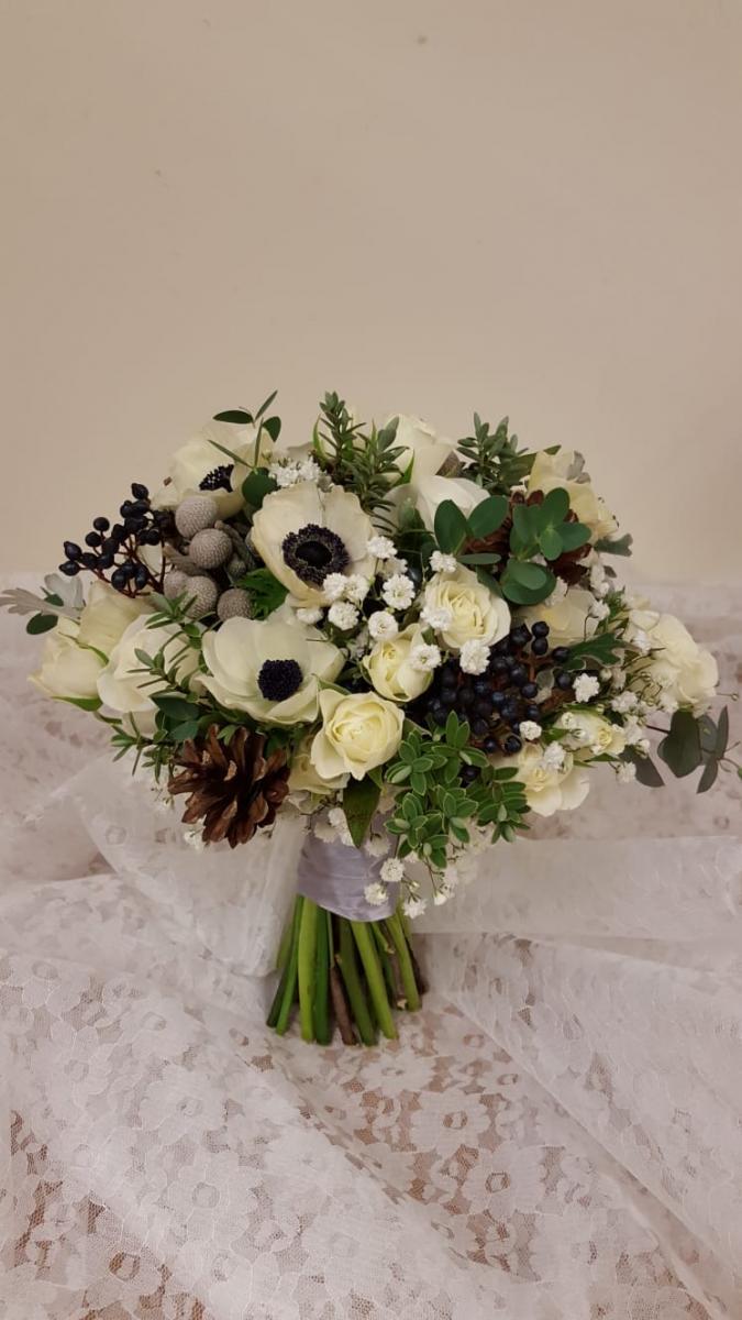 winter-wedding-flowers-rugeley-florist-staffordshire-073