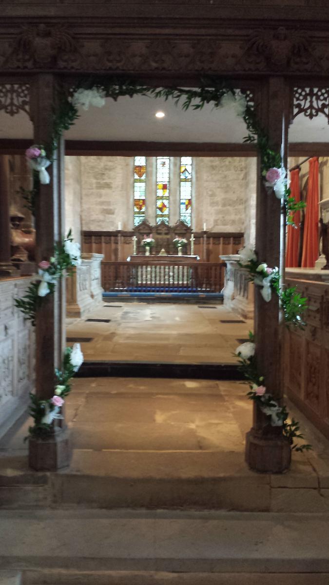 church-wedding-flowers-rugeley-florist-staffordshire-003