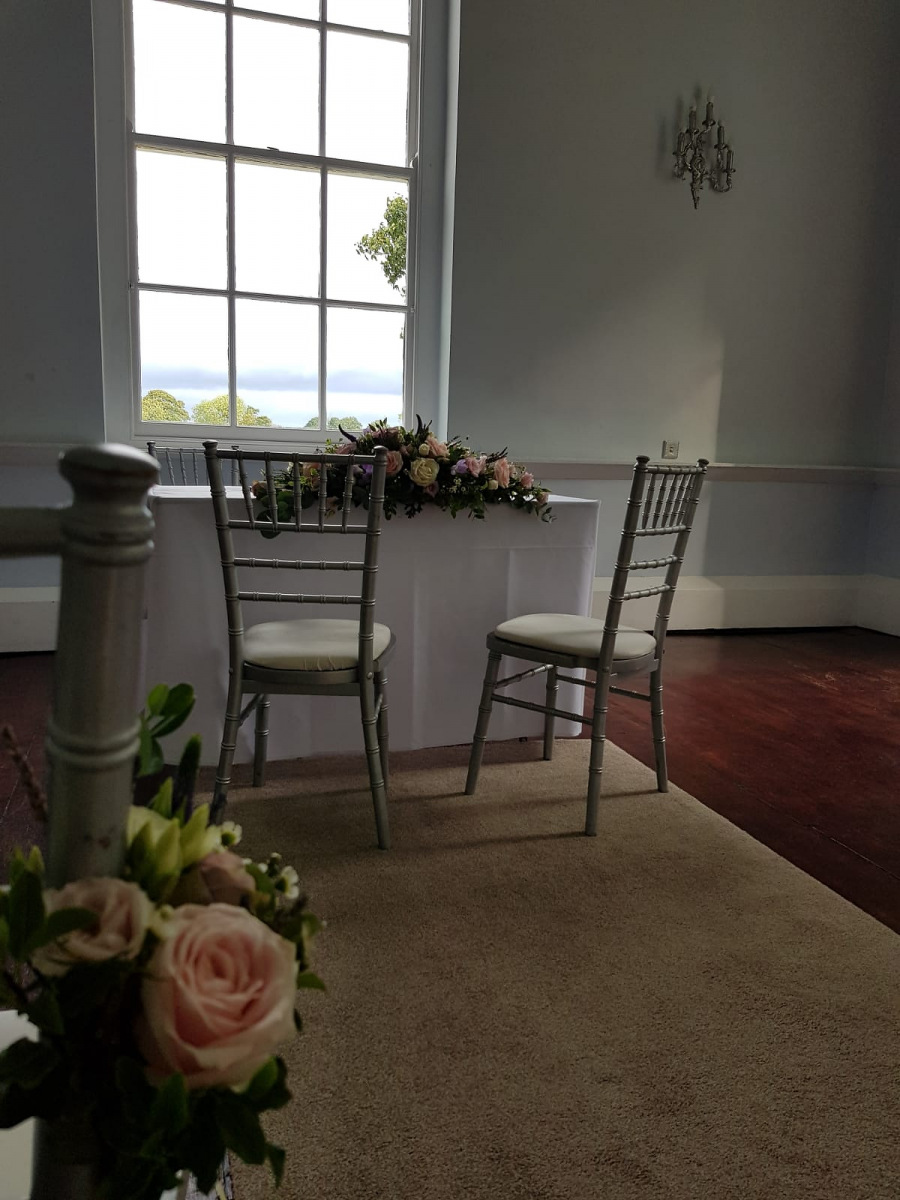 civil-ceremony-wedding-flowers-rugeley-florist-staffordshire-005