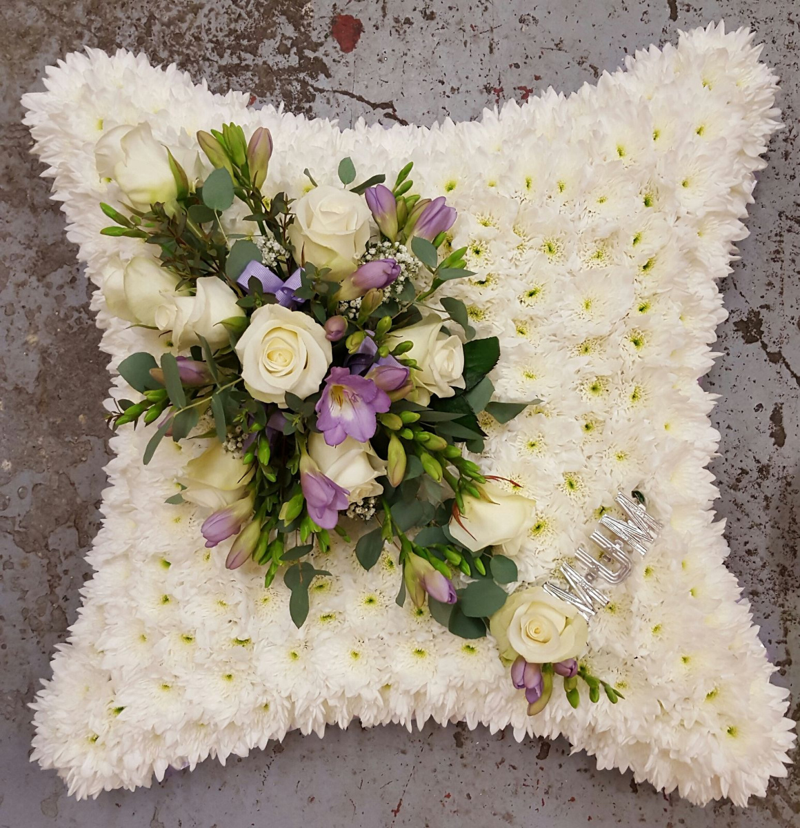 funeral-flowers-rugeley-florist-staffordshire-013