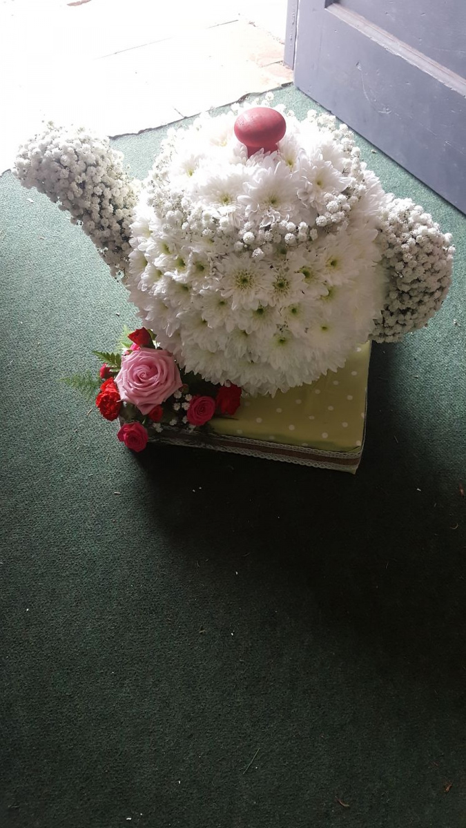 funeral-flowers-rugeley-florist-staffordshire-035