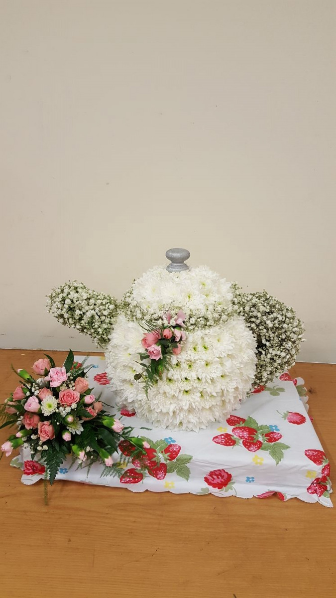 funeral-flowers-rugeley-florist-staffordshire-036