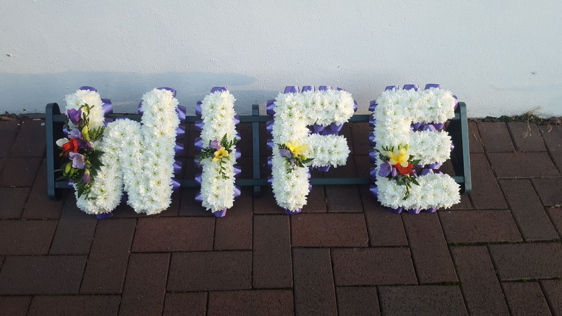 funeral-flowers-rugeley-florist-staffordshire-044