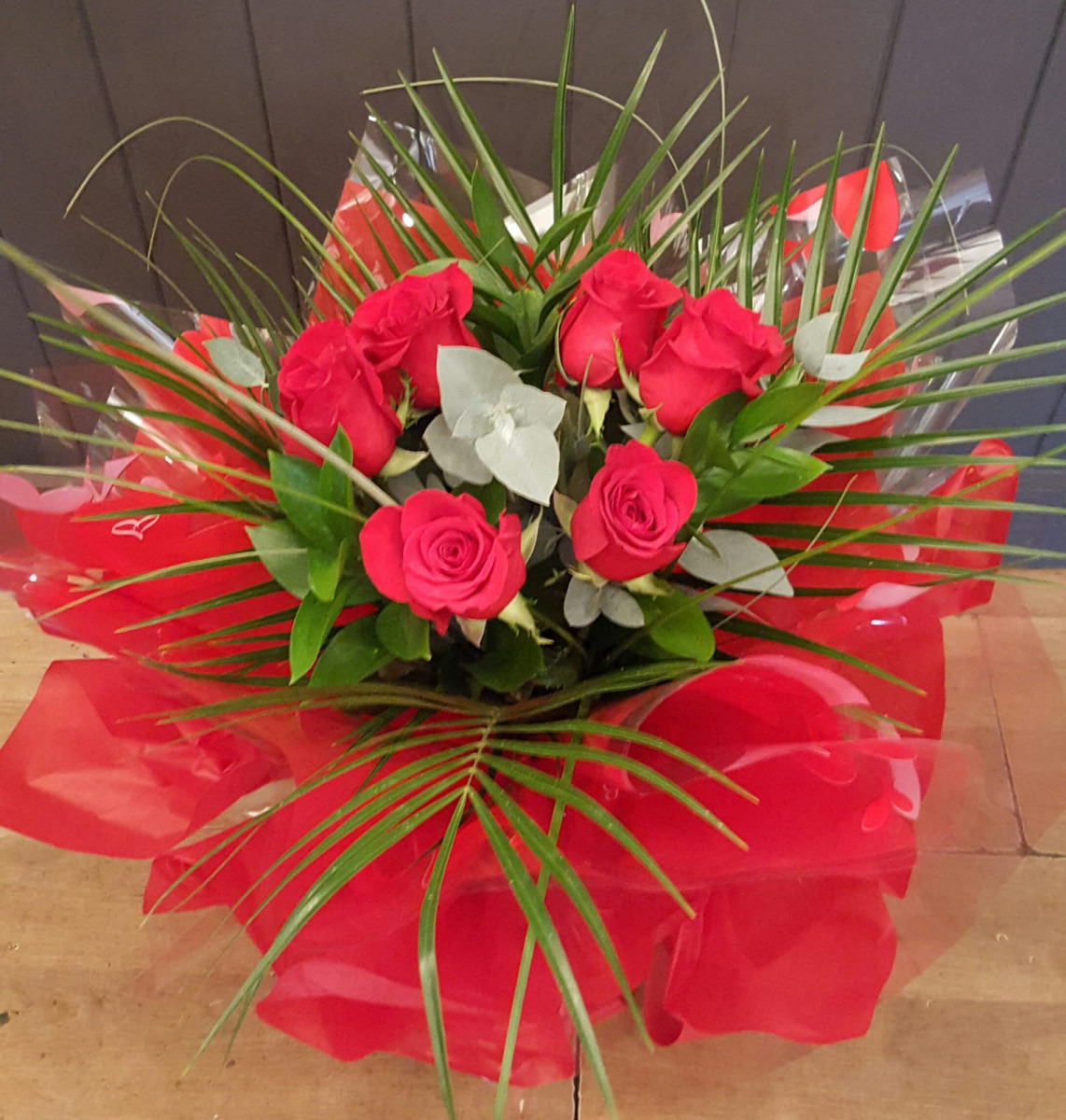 valentines-flowers-rugeley-florist-staffordshire-004
