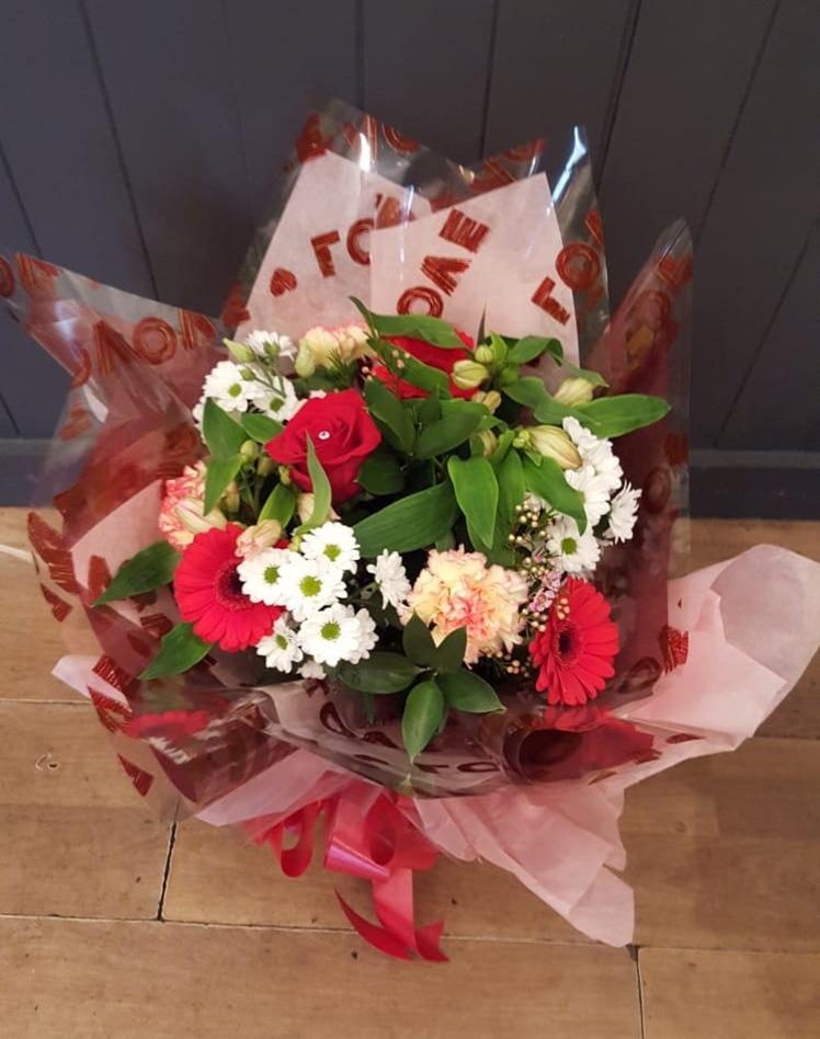 valentines-flowers-rugeley-florist-staffordshire-009