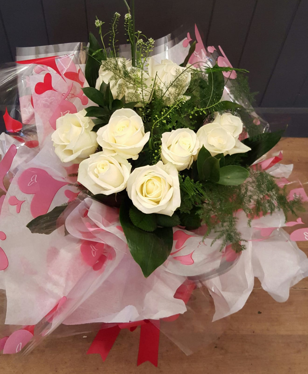 valentines-flowers-rugeley-florist-staffordshire-013